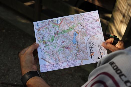 http://www.arrl.org/images/view/ARDF/IMG_0160_web.JPG