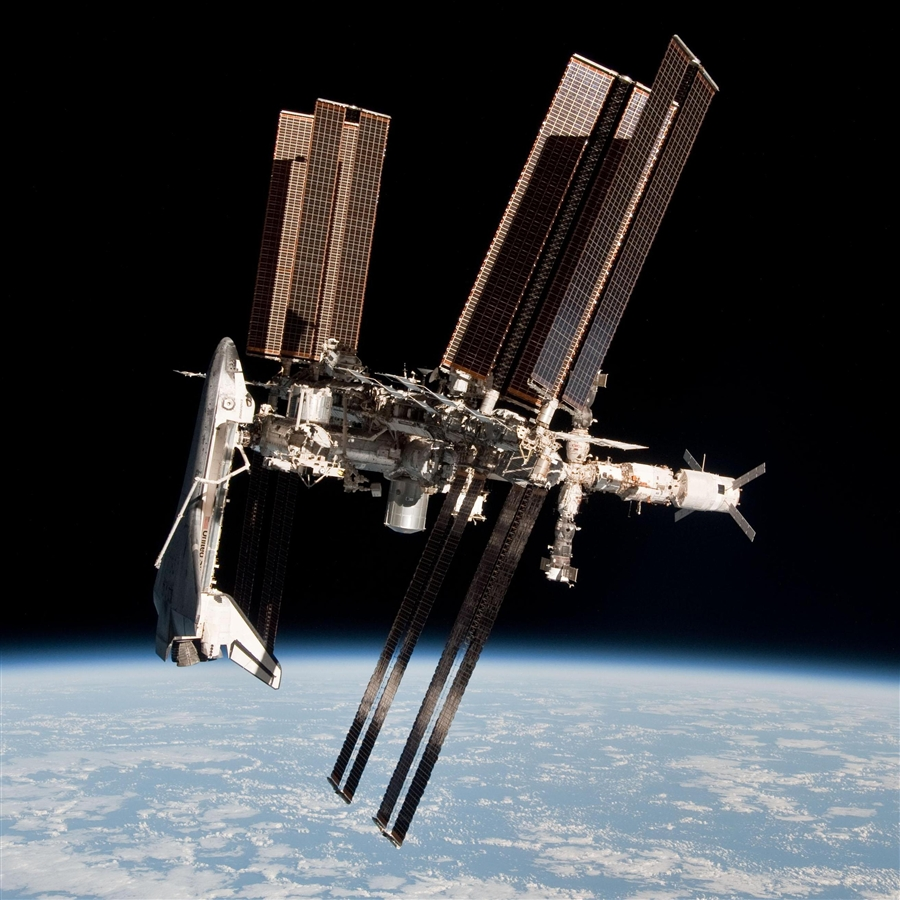 space shuttle to iss - photo #1