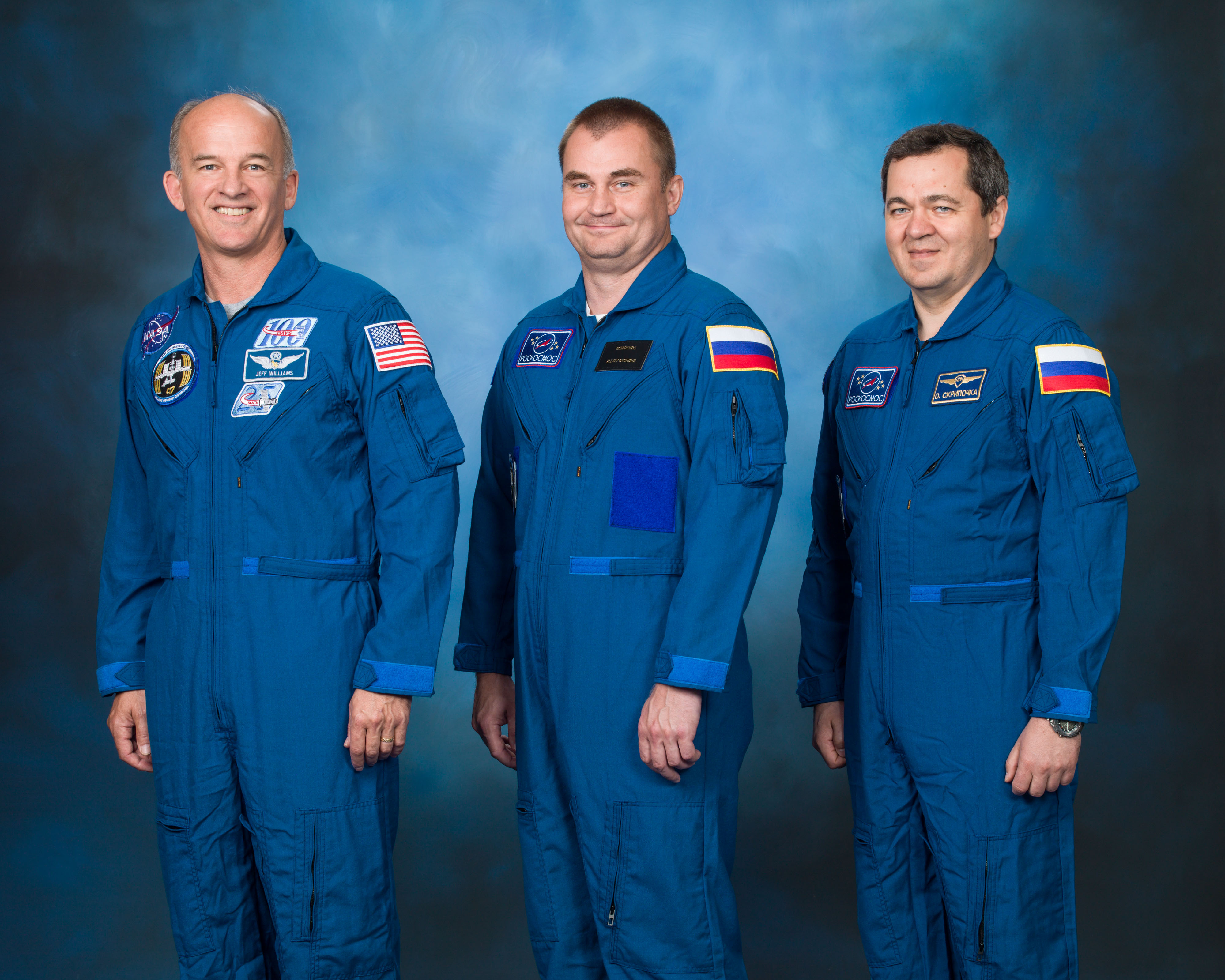 (L-R) NASA astronaut Jeff Williams, KD8TVQ, and cosmonauts Alexey Ovchinin and Oleg
