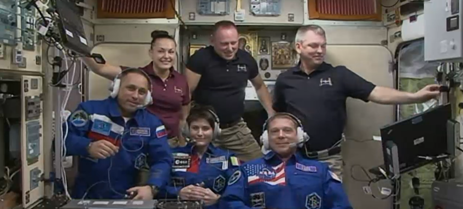 Astronaut Samantha Cristoforetti IZ0UDF Two Others Arrive At ISS