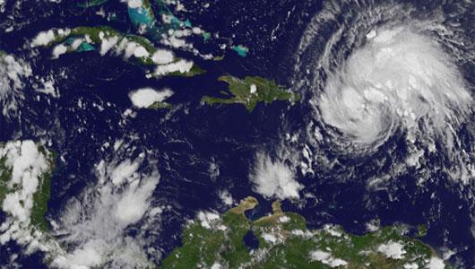 puerto rico feels early brunt of hurricane irene