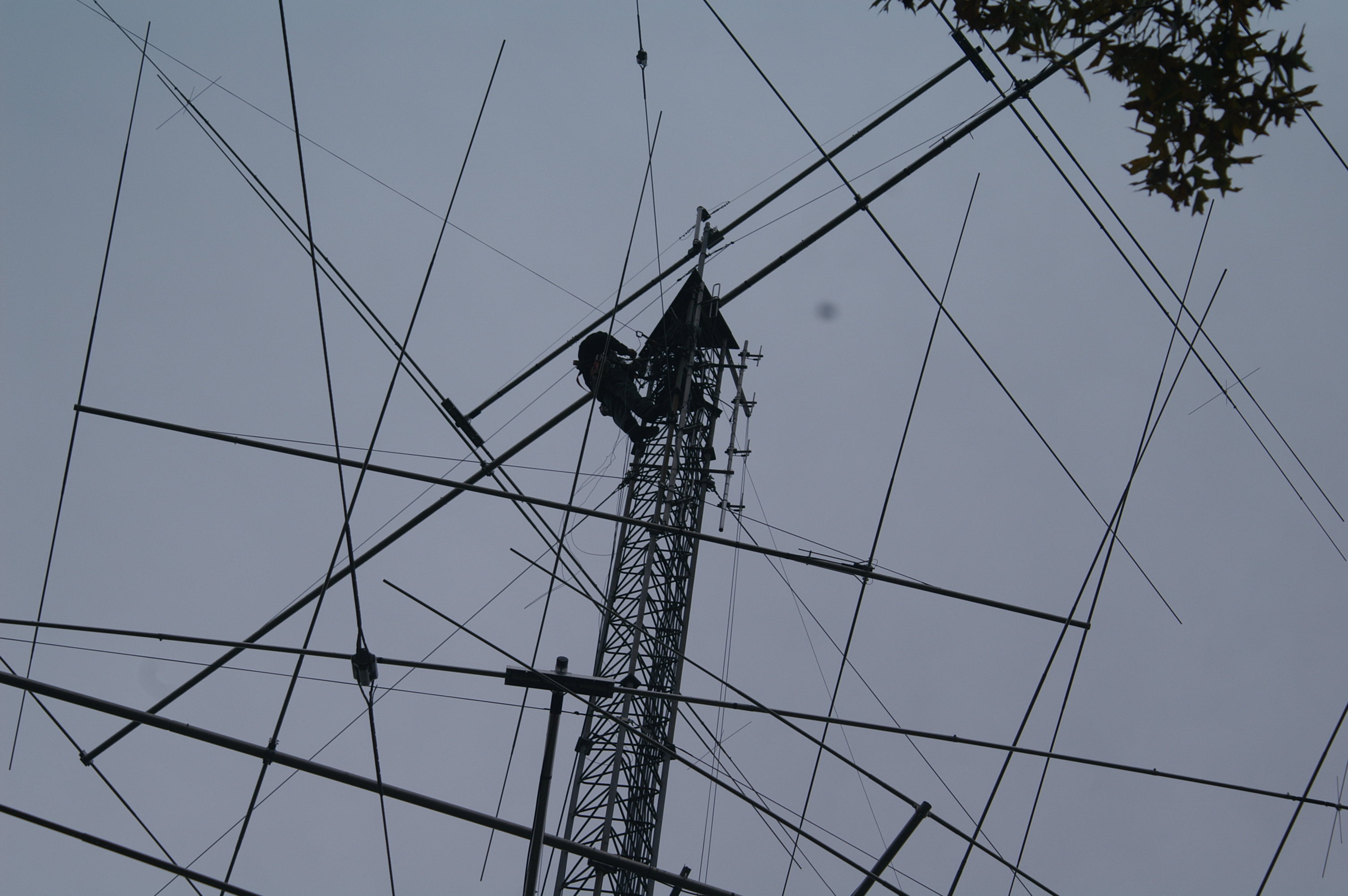 W1AW Receives Semi-Annual Antenna Inspection, New Antenna