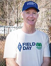 Field Day T-Shirt (Evergreen)