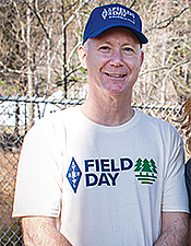 Field Day T-Shirt (Evergreen)
